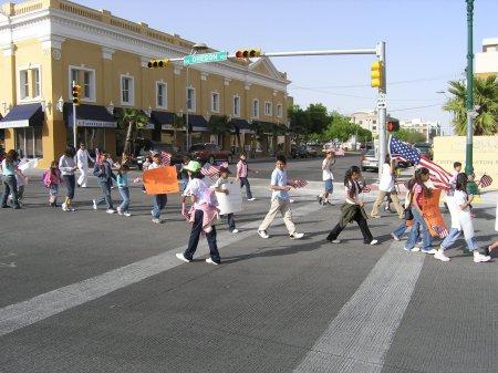 march_children.jpg (42731 bytes)